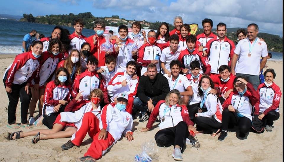 Kayak Vigo campeón absoluto del Campeonato Gallego de Kayak de Mar